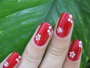 unas-decoradas-con-flores-12