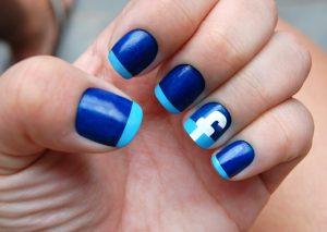 unas-decoradas-azul-4