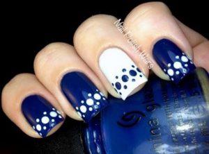 unas-decoradas-azul-7